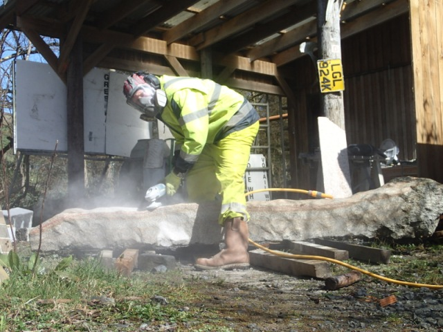 Grinding the surface of stone
